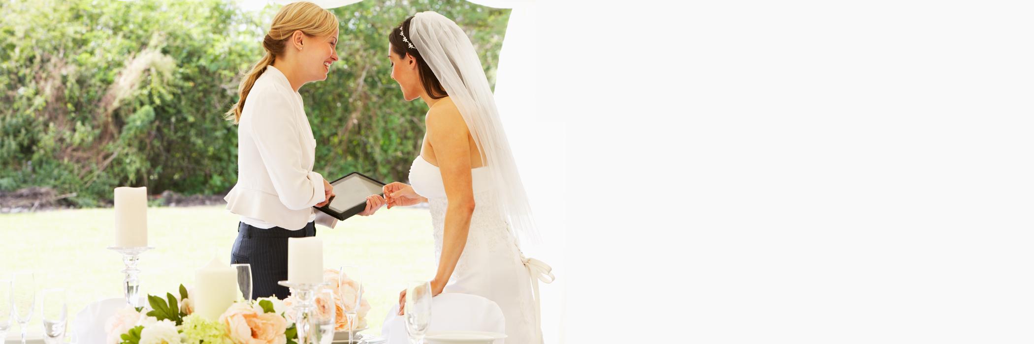 Dame d'Atour et jeune mariée